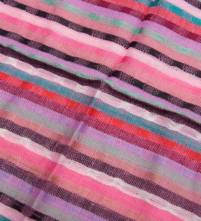銀糸入りスカーフ - ピンク系の写真3 - 模様を拡大してみました。