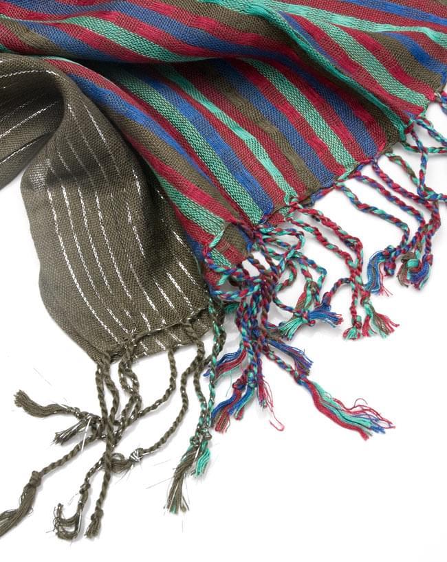 銀糸入りスカーフ - 淡緑系 4 - フリンジ部分はこんな具合です。