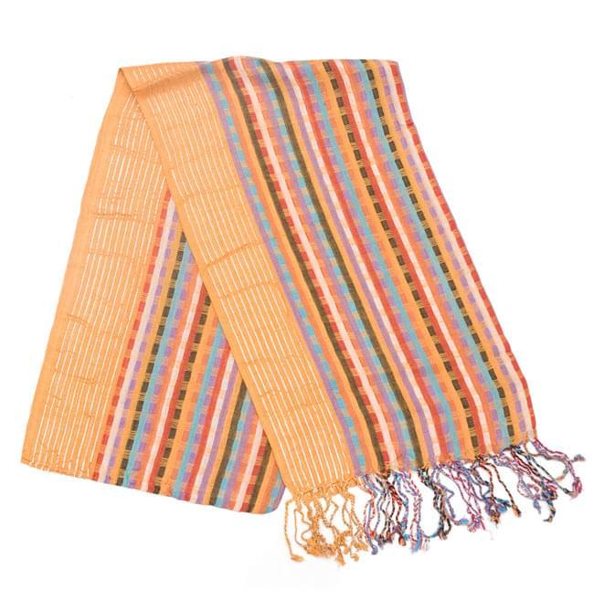 銀糸入りスカーフ - 薄オレンジ系の写真