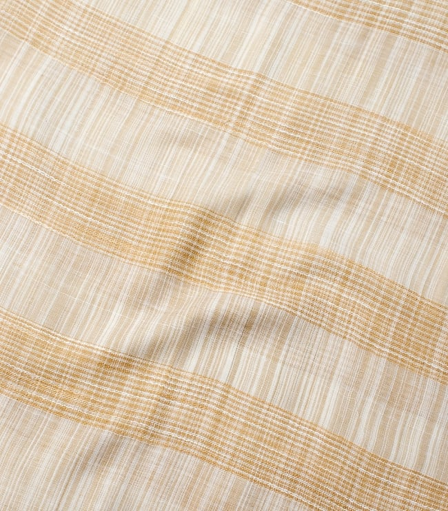 カラフルストライプスカーフ- - 白×山吹系の写真4 - 色彩豊かなインドらしい綺麗な生地です