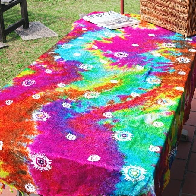虹色タイダイ染め サイケデリックホーリーファブリック〔170cm×108cm〕の写真14 - インテリア用のファブリックとしてもオススメ