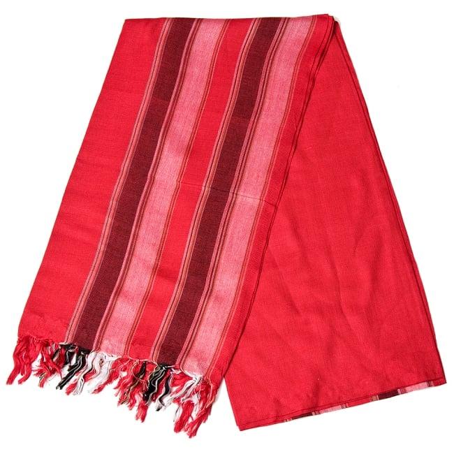 インドの伝統布ルンギーのボーダーストール〔200cm×97cm〕レッド 2 - 折りたたむとこのような感じです