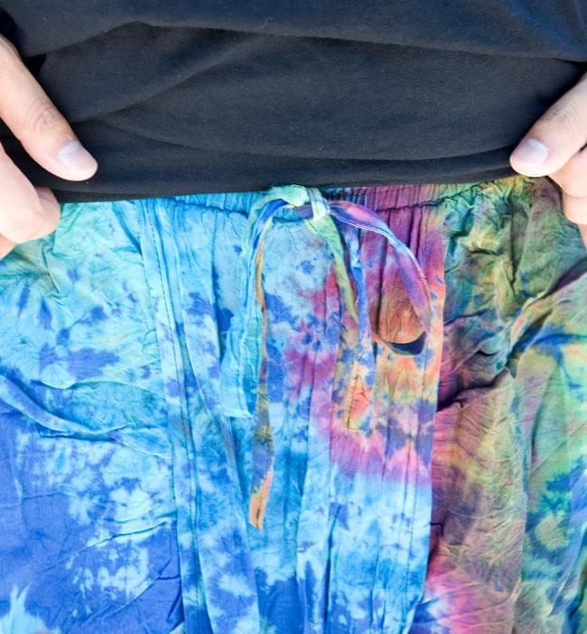 タイダイレーヨンダンサーパンツ 【水色】の写真5 - ウエストは紐とゴムでラクチン。