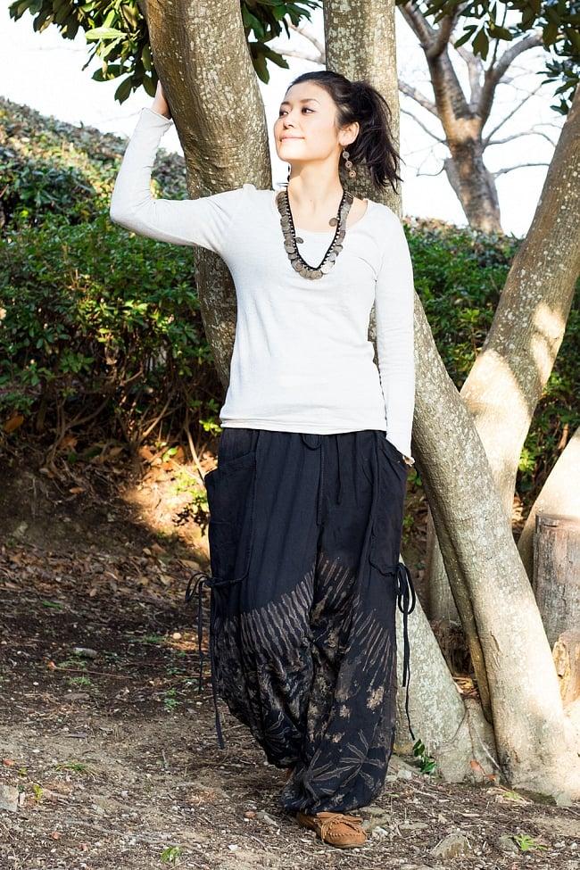 タイダイアラジンパンツ 2 - 身長165cmのモデルさんの着用例になります。