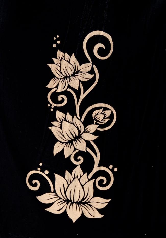 ロータスプリントの ウエストレイヤー ワイドパンツ 10 - 蓮のプリントがエスニック感を高めます。