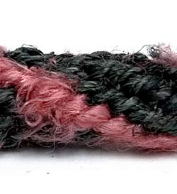 ヘンプ・シルク編みウォレットチェーンの写真 -