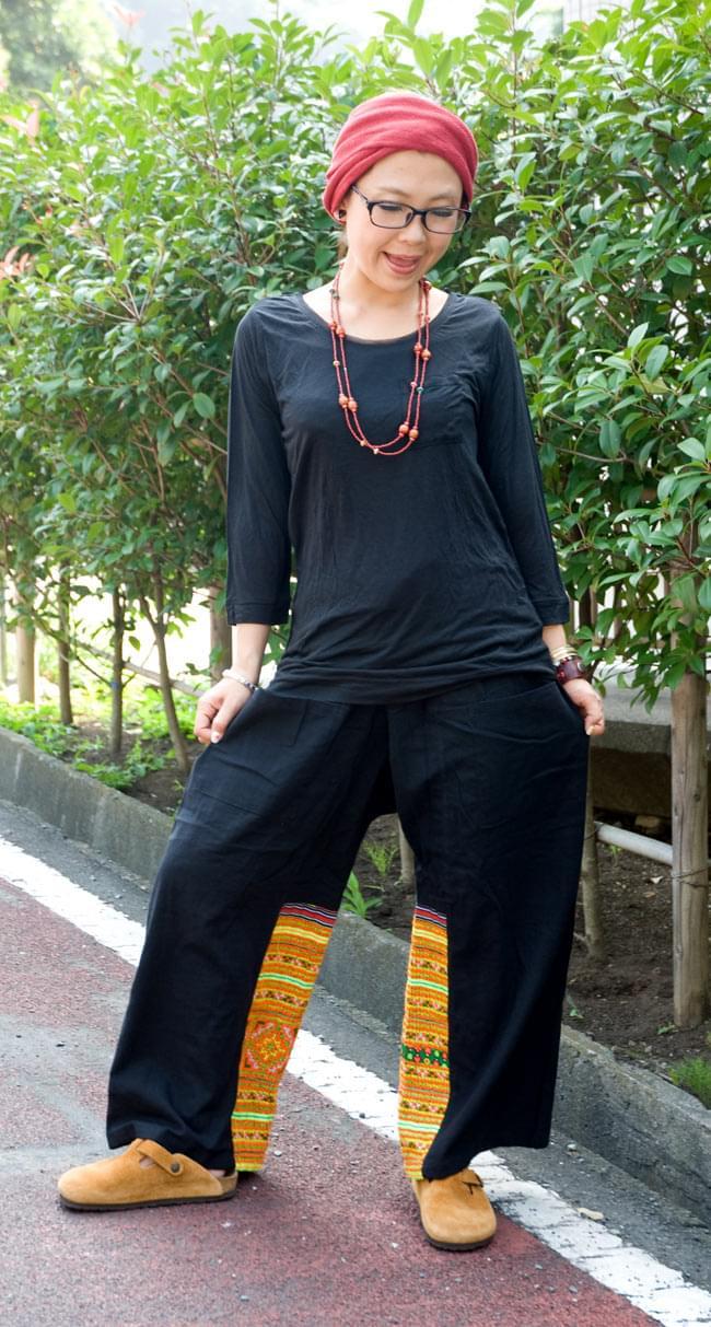 モン族刺繍のタイパンツ 【黒】の写真