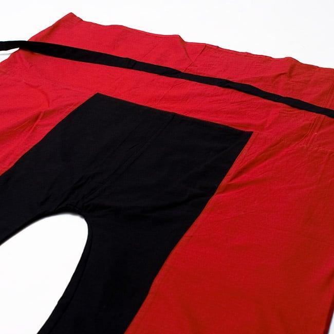 バイカラーのコットンタイパンツ-ショート - 【レッド・ブラック】の写真2 - しっかりした縫製なのでとても丈夫です。