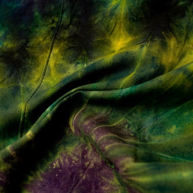 タイダイコットンタイパンツ 【ロング】 グリーン×パープル系の写真3 - 質感がわかるようにくしゅっとしてみました。