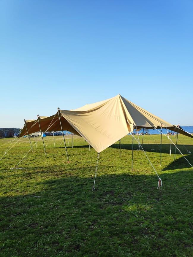 ストレッチテント 野外フェス イベント タープ【15m x 8m】【納期45日】 2 - 別のアングルから。。こちらは10m x 10mのテントの画像になります