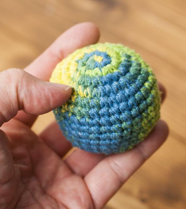 ジャグリングボウル - ブルースカイの写真3 - このようなサイズ感になります