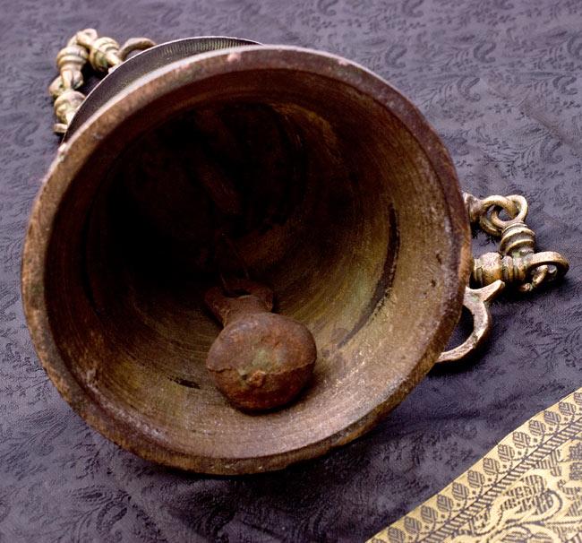 寺院の鐘 - ガネーシャ【一点もの】の写真5 - 鐘の中を撮影しました。