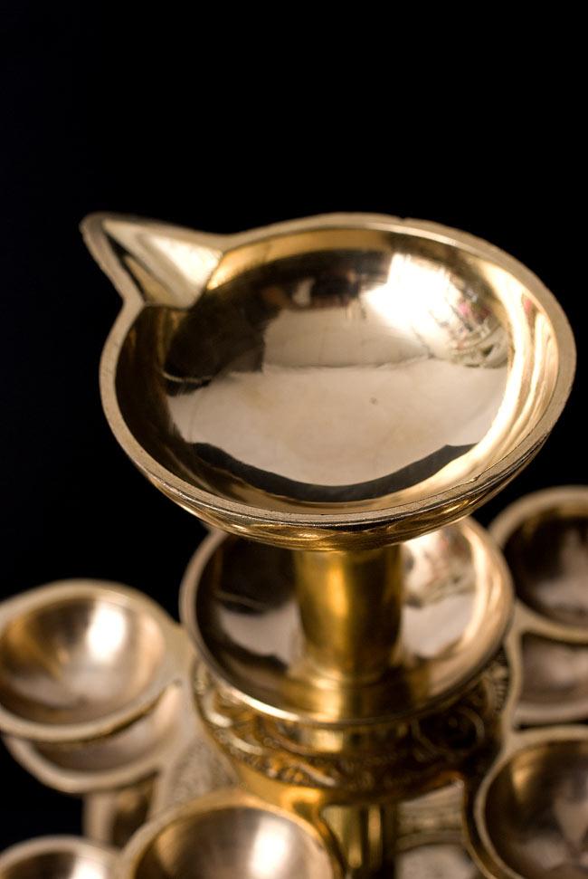 """儀式""""Aarti""""に用いられるオイルランプ 7段【45cm】 3 - 頂上のオイル受け。"""