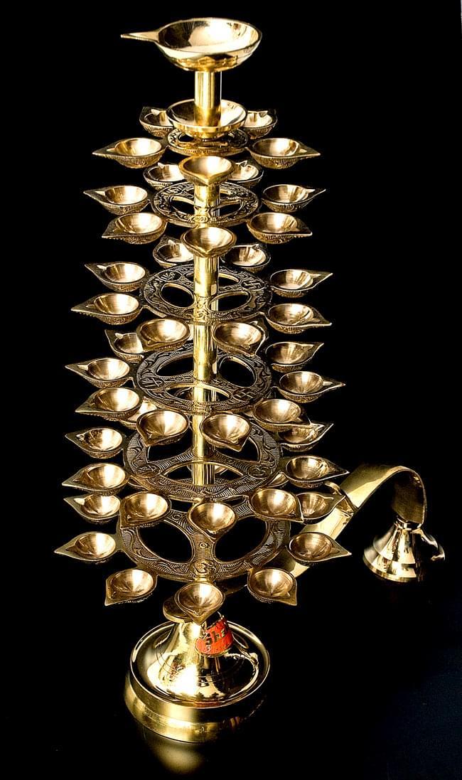 """儀式""""Aarti""""に用いられるオイルランプ 7段【45cm】 8 - 斜め上から撮影するとこのような姿です"""