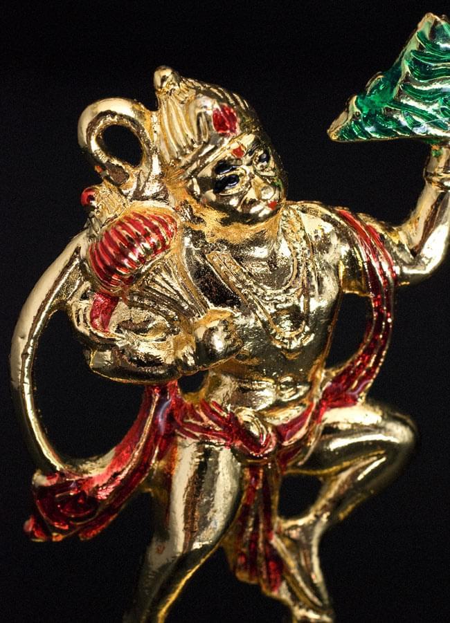 エナメル細工の金色ハヌマーン像(8cm)の写真2 - カイラス山を片手で持ち上げるほどの膂力の持ち主とされています
