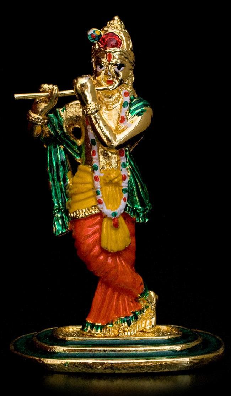 エナメル細工の金色クリシュナ像(8cm)の写真2 - 全体像はこのような姿です
