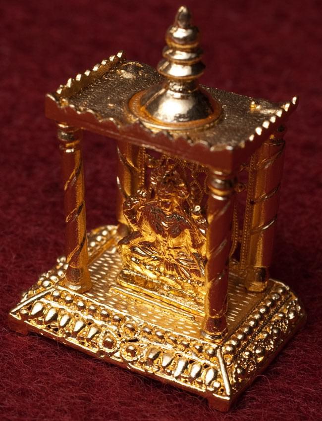 ゴールド・ミニ・ラクシュミー - 寺院タイプ 2 - 斜め上から撮影しました