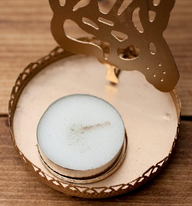 ティーライトキャンドルのシャドウランプ - サラスヴァティの写真4 - こちらのティーライトキャンドルが1点付属します。