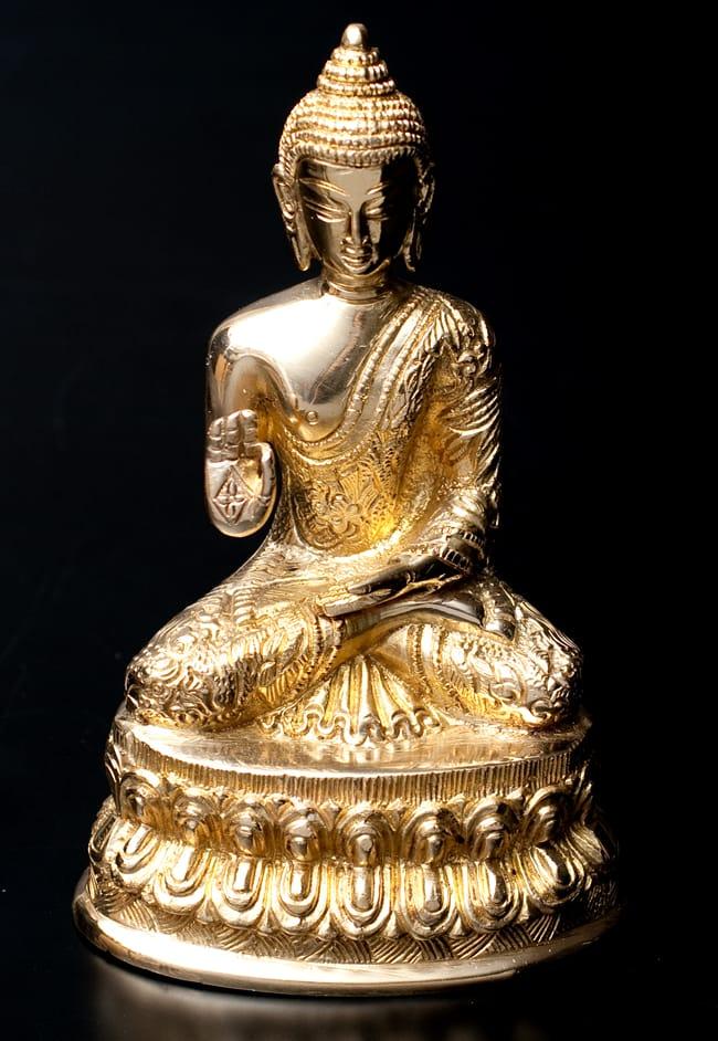 金色に輝くヒストリーブッダ像【高さ:約18cm】の写真