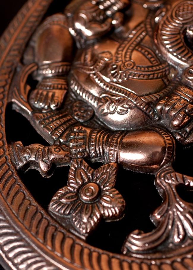 〔壁掛けタイプ〕インドの神様ウォールハンギング - オーンガネーシャ〔約26.3cm〕 7 - 細部の拡大写真です