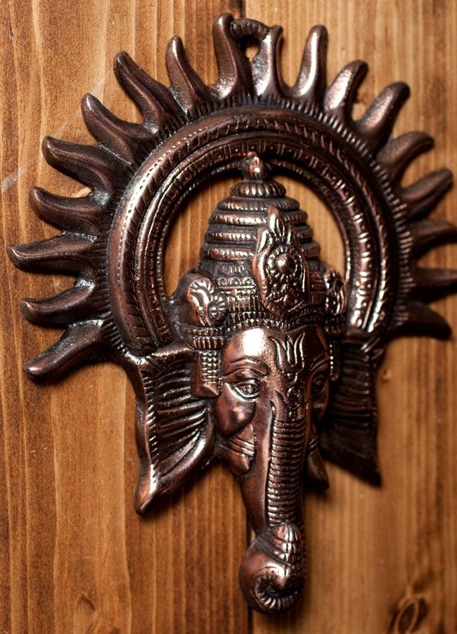 〔壁掛けタイプ〕インドの神様ウォールハンギング - ガネーシャフェイス〔23.5cm〕の写真4 - 反対側からの写真です