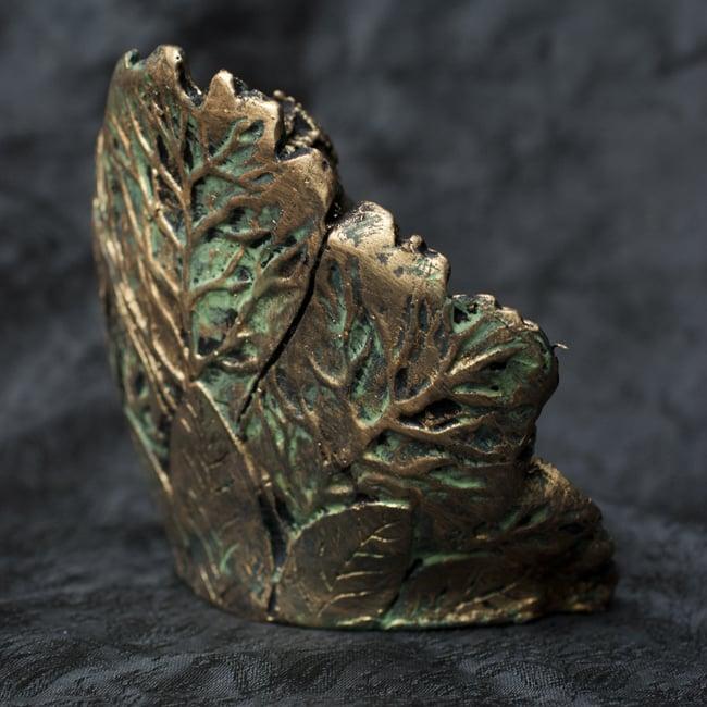 リーフガネーシャ ゴールド[10.5cm] 6 - 背面はこのような様子です。