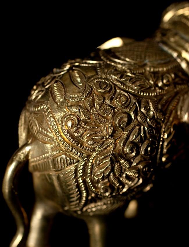 ブラス製 装飾付きエレファント像 大[8.5cm] 7 - 細かいところも丁寧に作られています