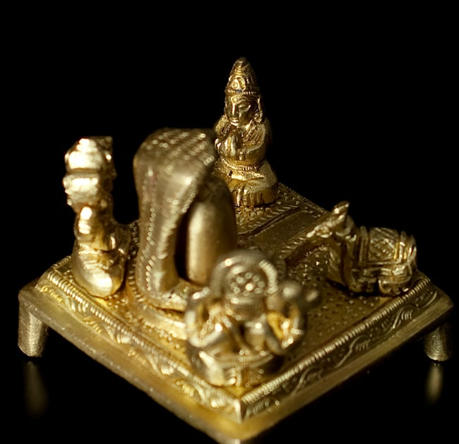 リンガとヨニ 神様たち[6cm]の写真4 - 別の角度からの写真です