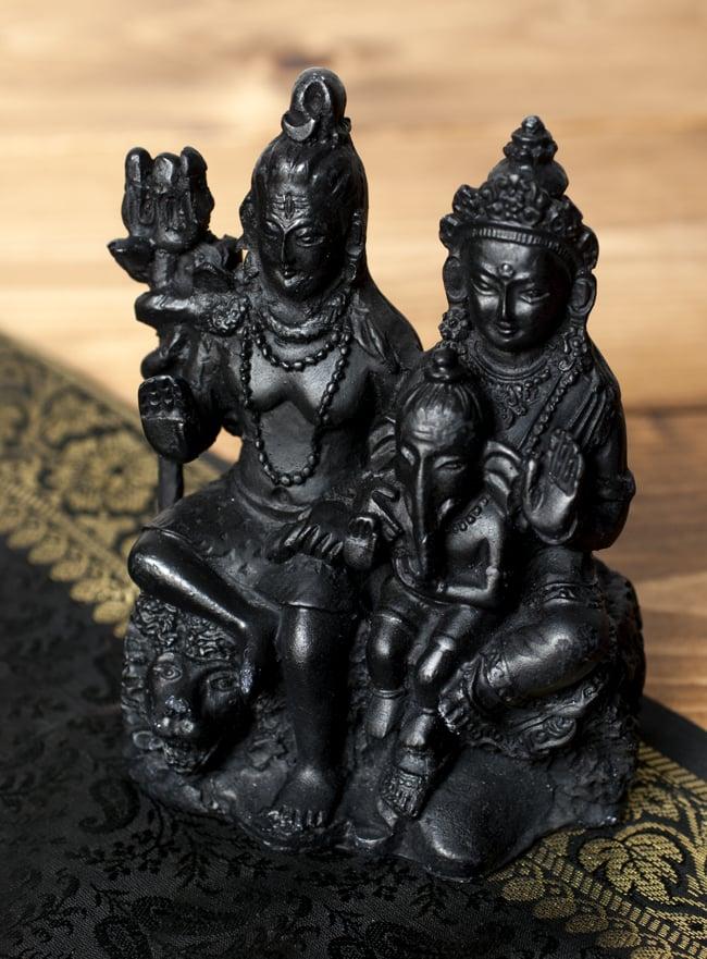 シヴァ・パールヴァティ・ガネーシャ ブラック[12.5cm]の写真
