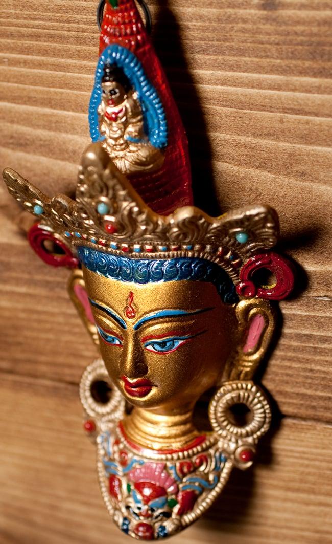 〔壁掛けタイプ〕インドの神様ウォールハンギング - ホワイトターラー〔18cm〕 3 - 横からの写真です