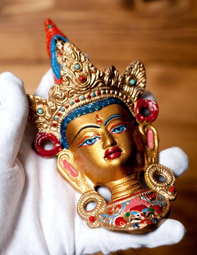 〔壁掛けタイプ〕インドの神様ウォールハンギング - ホワイトターラー〔18cm〕 9 - サイズ感はこのくらいになります