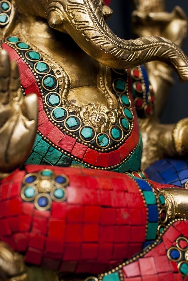 【一点もの】緑青石装飾のガネーシャ[高さ:30cm]の写真4 - 細部までよく作り込まれています。