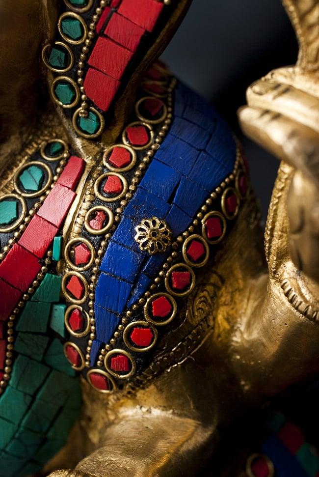【一点もの】緑青石装飾のガネーシャ[高さ:30cm]の写真8 - 石を用いた美しい仕上がりです。