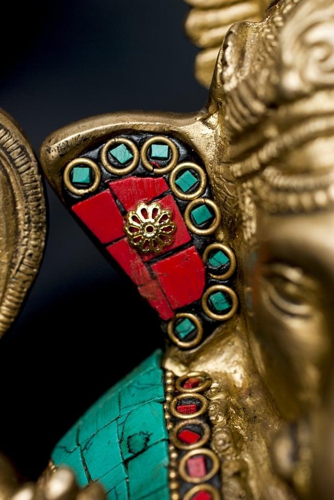 【一点もの】緑青石装飾のガネーシャ[高さ:20cm]の写真4 - 細部までよく作り込まれています。