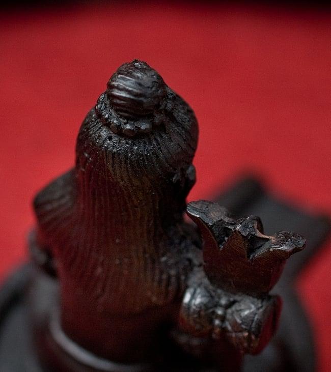 シヴァリンガ像[11.7cm]の写真6 - 別の角度からの写真です