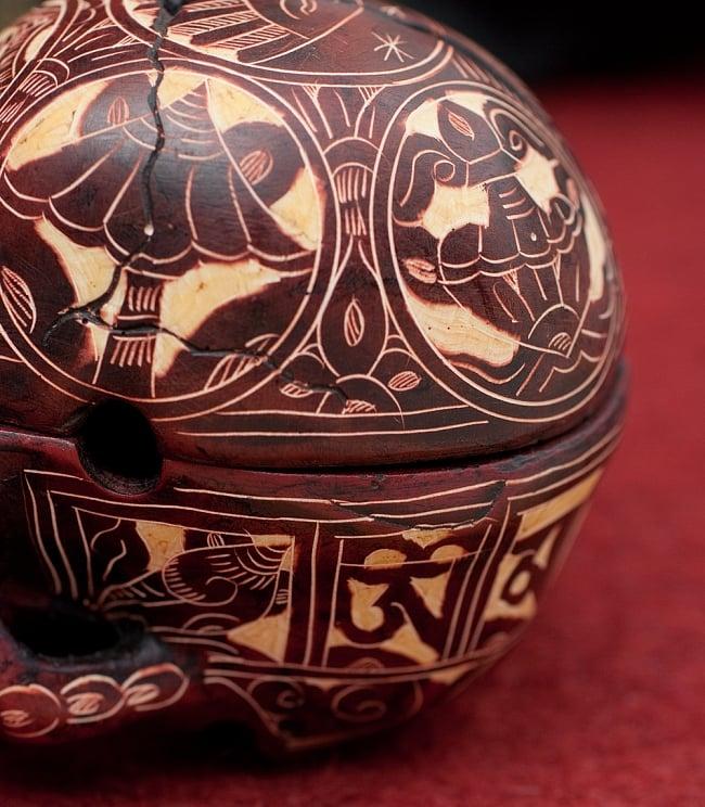 手彫り模様のスカル型灰皿&小物入れ 5 - 細部まで手彫りされています