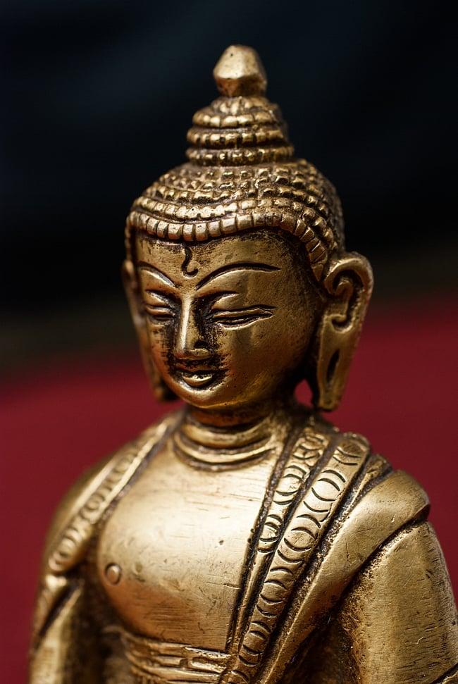 仏陀 - 12cmの写真3 - 角度を変えてみてみると表情もまた違って見えてきます。