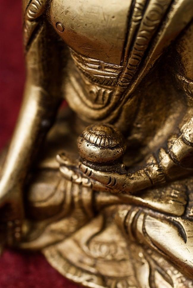 仏陀 - 12cm 5 - 手元の様子をみてみました。