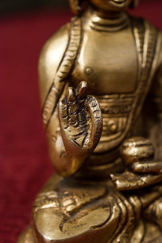アモーガシッディー - 不空成就如来 - 12cm 4 - 細部をみてみました。手のひらも丁寧に造られています。