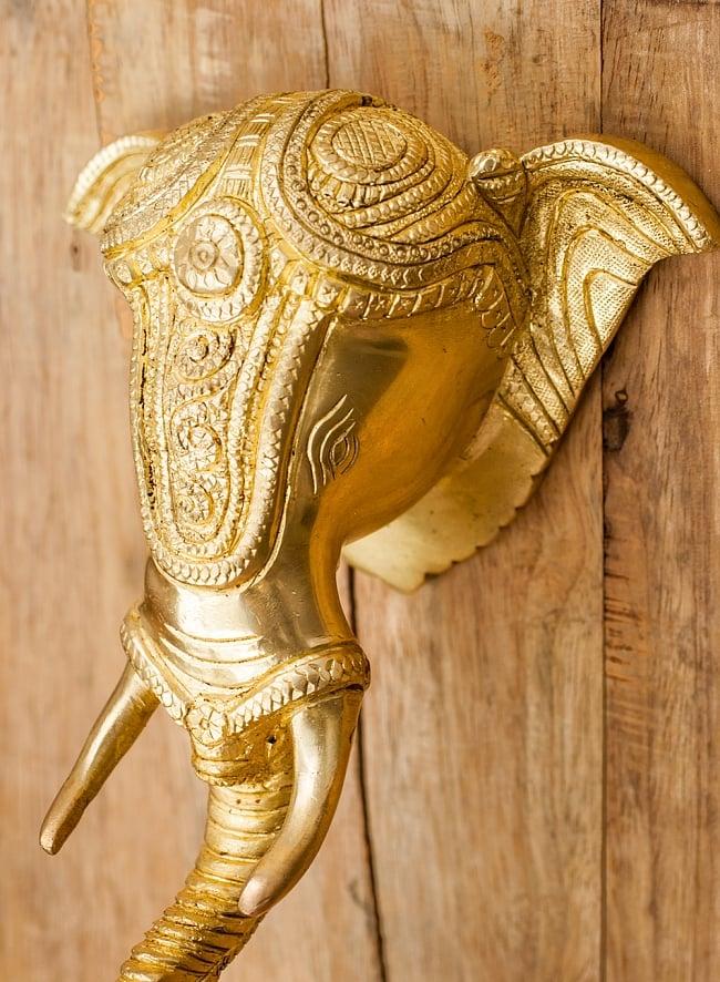 ブラス製 象のドアベル - [高さ:約25cm]の写真6 - 角度を変えてみてみました。