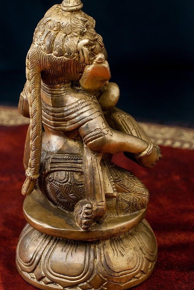 ブラス製 太鼓を叩くガネーシャ - [高さ:約19cm] 8 - 右足はちょっと可愛らしい座り方。