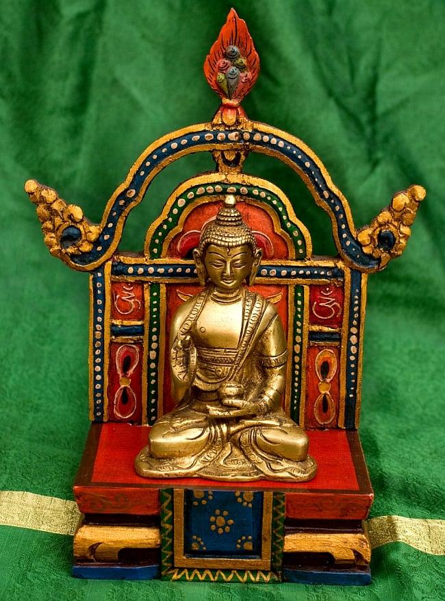 チベットの木彫りの神像・仏像用台座 高さ:24cm 2 - 別のアングルから撮影してみました。