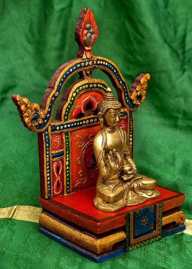 チベットの木彫りの神像・仏像用台座 高さ:24cmの写真