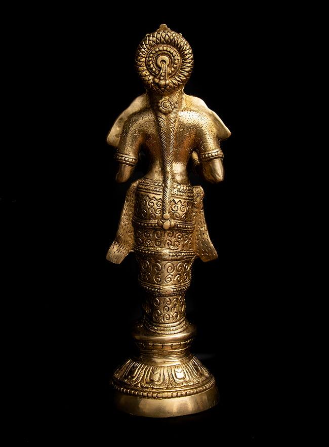 ブラス製 ディワリ・ラクシュミー像 (大型 高さ:約56.5cm) 11 - 背面から見てみました。
