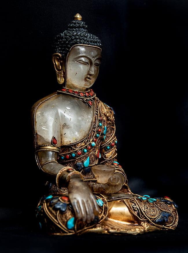水晶阿しゅく如来(アクショービヤ) 銅造鍍金水晶彫琢仕上げ - 22cm 10 - 艶やかな装飾をまとっています。