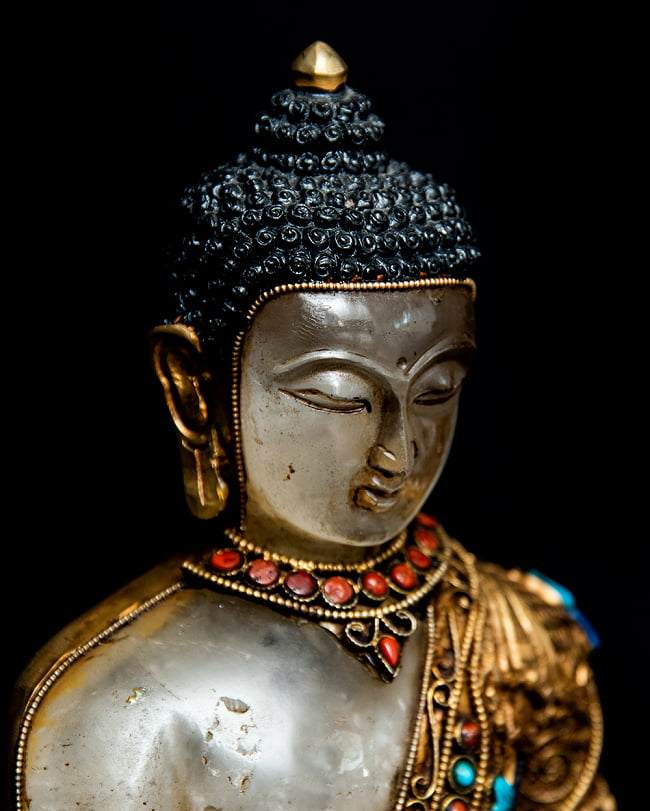 水晶阿しゅく如来(アクショービヤ) 銅造鍍金水晶彫琢仕上げ - 22cm 4 - 斜めから見てみました。