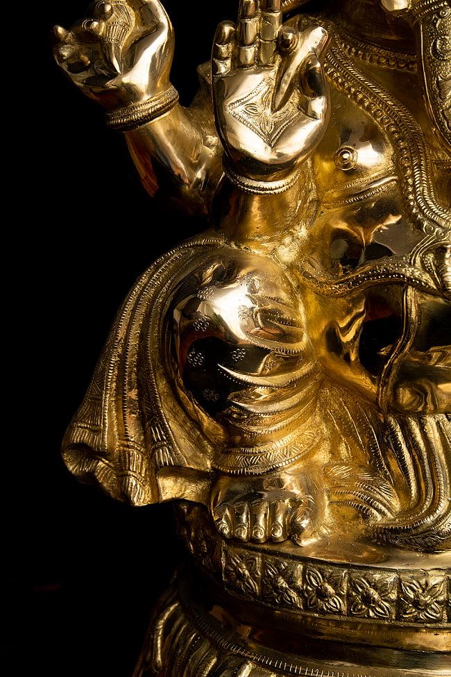 金運と幸運の神様 ガネーシャ像 [特大サイズ・約89cm] 8 - 膝周りを見てみました。