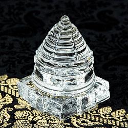 インドの神様 ガラス製ペーパーウェイト カチュワ・ヤントラ - 高さ4.5cmの商品写真