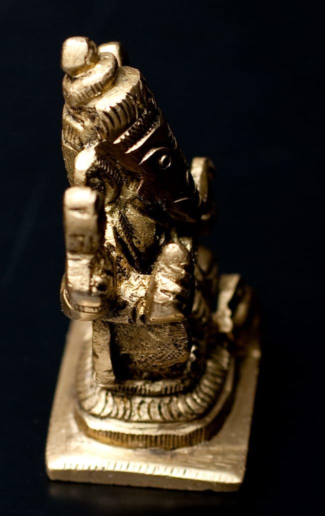 ブラス製ガネーシャ像【5.5cm】の写真3 -