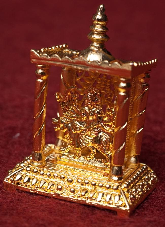 ゴールド・ミニ・ドゥルガー - 寺院タイプの写真1